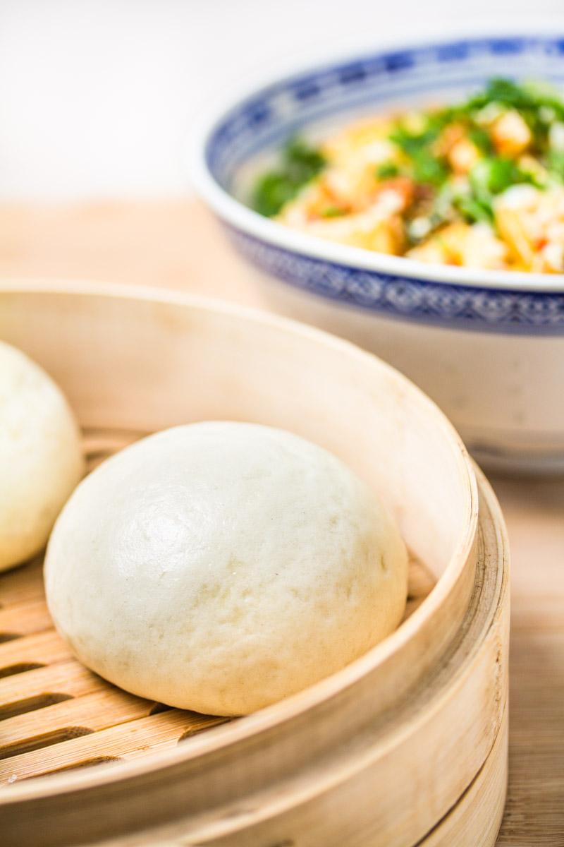 Fertige Mantou mit Mapo-Tofu