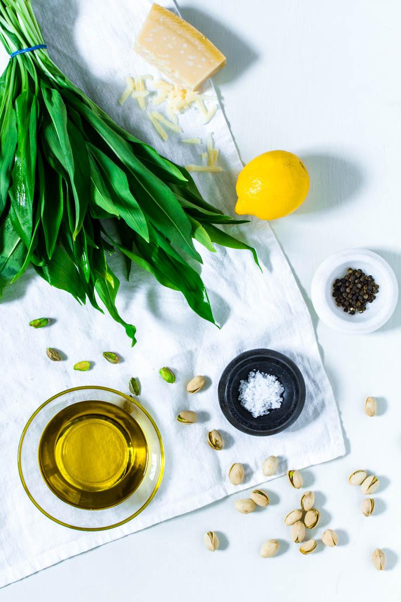 Zutaten für Bärlauch-Pistazien-Pesto
