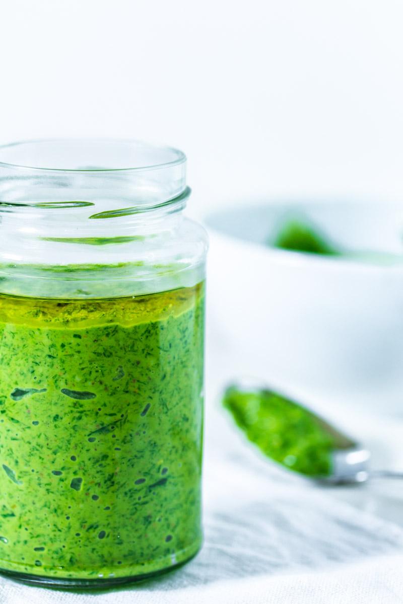 Bärlauch-Pistazien-Pesto-Glas
