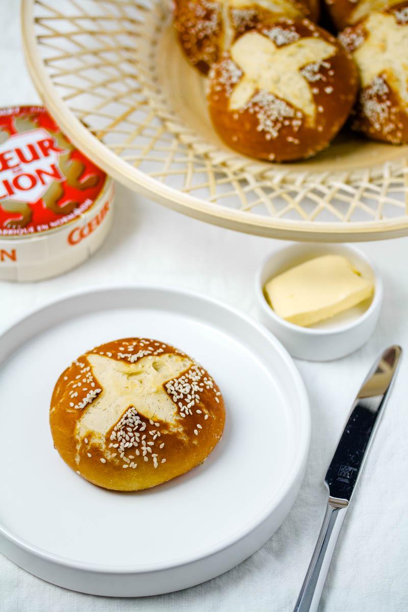 Laugenbrioche Buns zum Frühstück