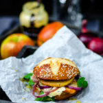Herbstlicher, super leckerer Chicken-Burger