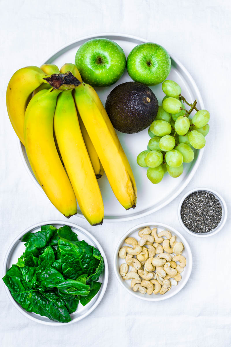 Die Zutaten für den grünen Smoothie