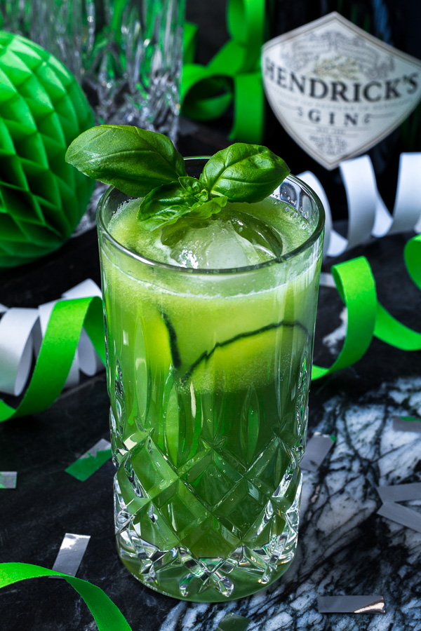 Happy Blog Birthday: Gin Fizz mit Gurke, Ingwer und Basilikum