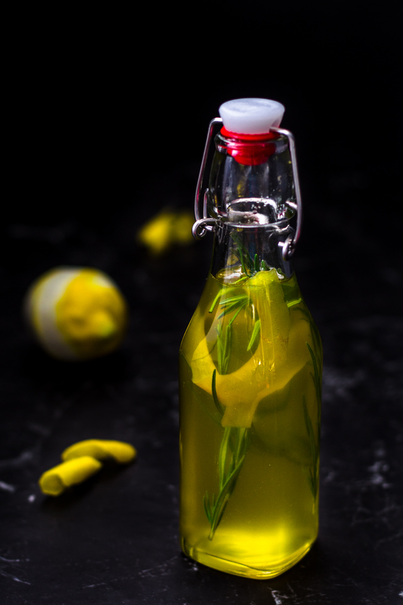 Aromatischer Rosmarin-Zitronen Sirup