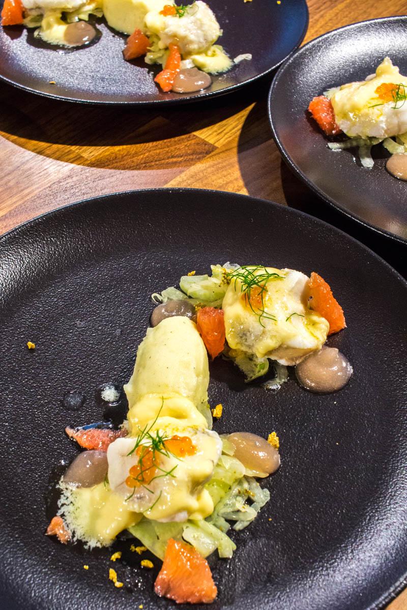 Die erste Hauptspeise - Seeteufel | Fenchel | Pink Grapefruit | Gin | Kartoffel