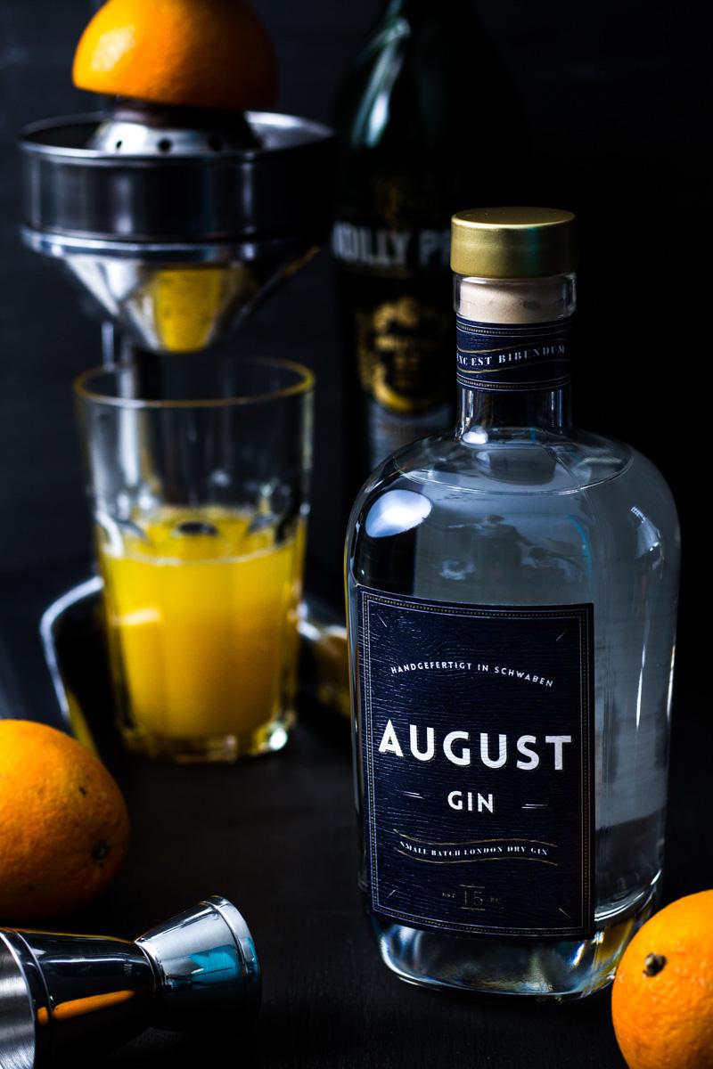 August Gin mit frisch gepresstem Orangensaft