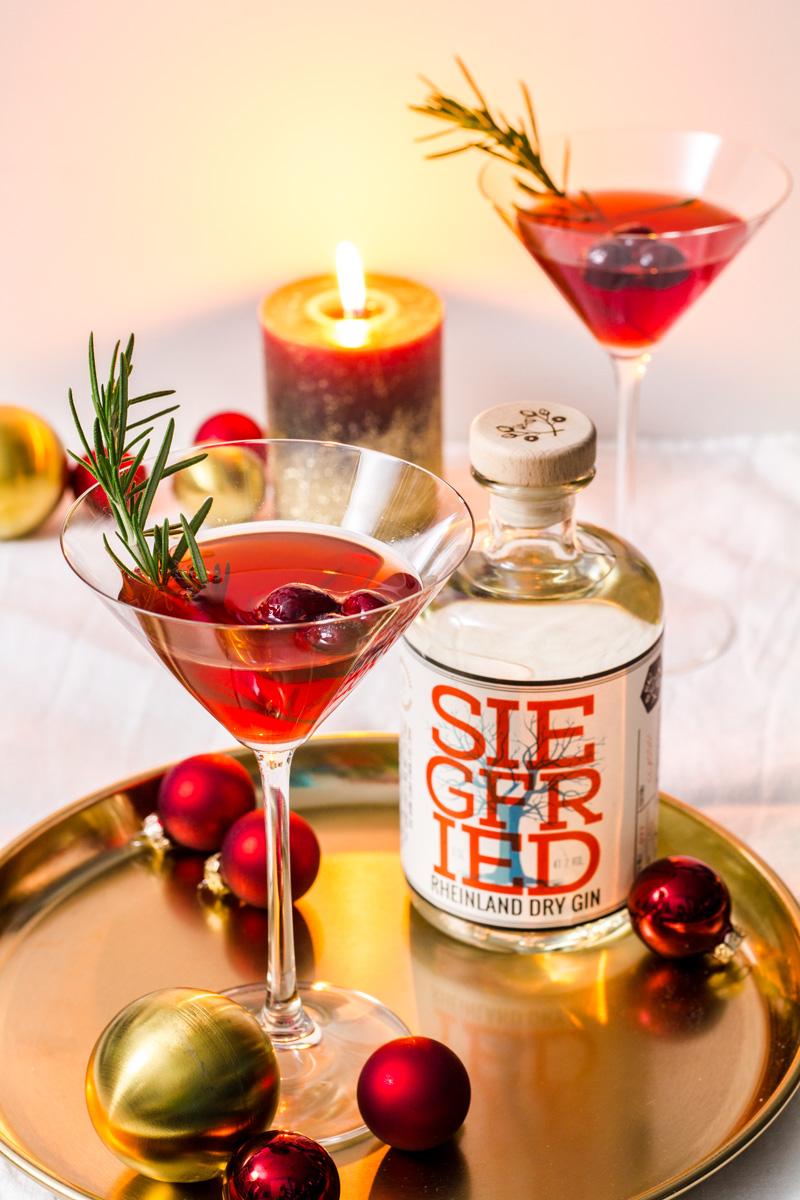 Cranberry-Martinez mit Siegfried Gin