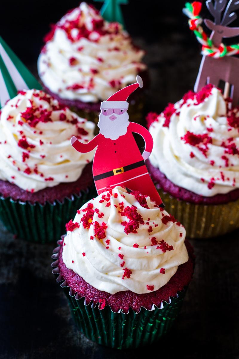 Weihnachtliche Red Velvet Cupcakes