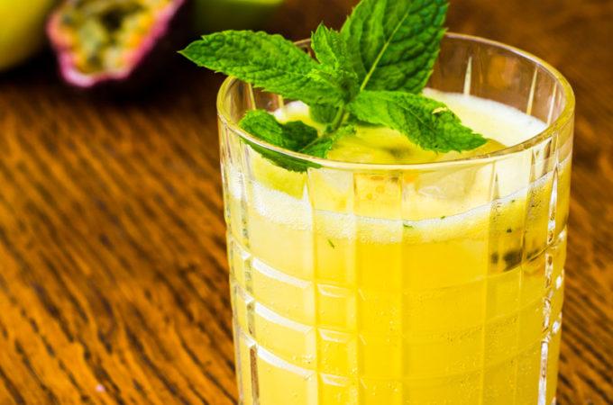 Erfrischender Passionsfrucht Gin Gin Mule