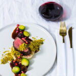 Hirschfilet Sous Vide| Petersilienwurzelpüree | Rosenkohl | glasierte Maronen | Granatapfelsauce