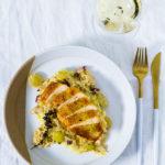 Maishähnchenbrust auf Trauben-Rahm-Sauerkraut und Kartoffelstampf