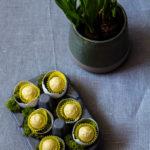 Eierlikoer-Pralinen mit Passionsfrucht und Narzisse