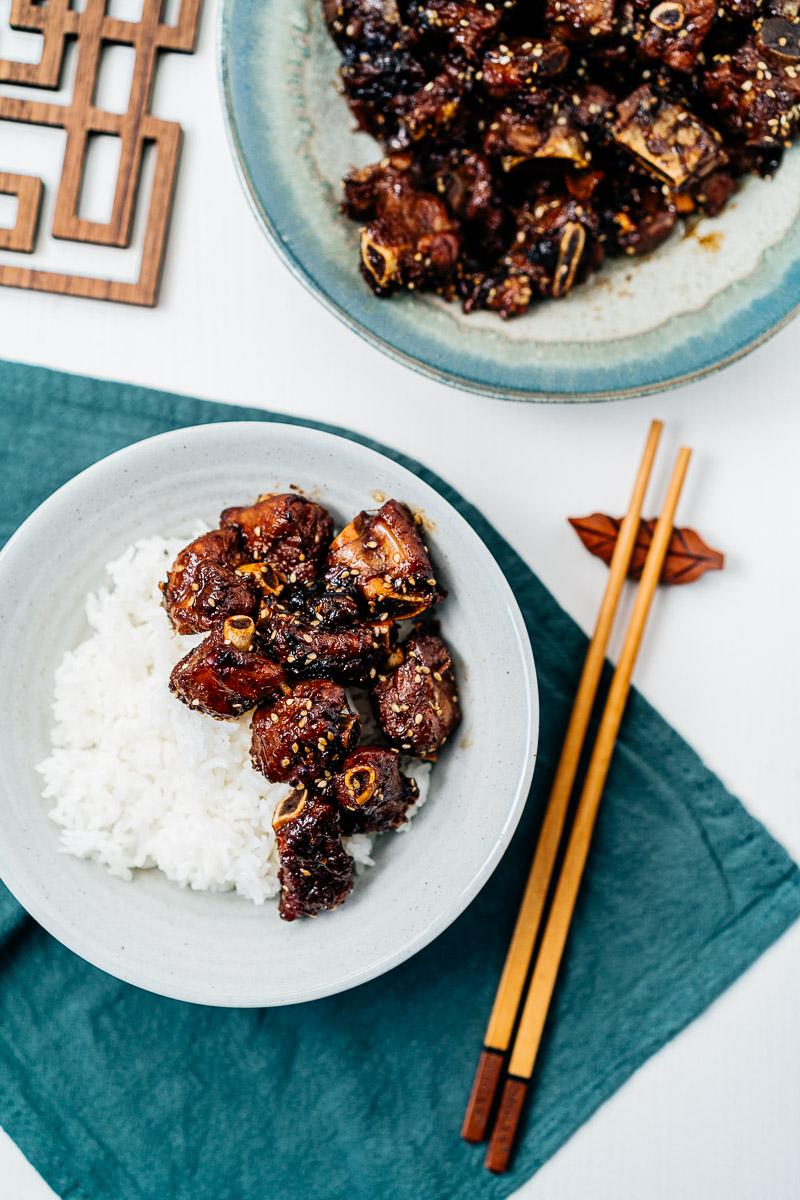 Chinesische Rippchen süß-sauer mit Reis