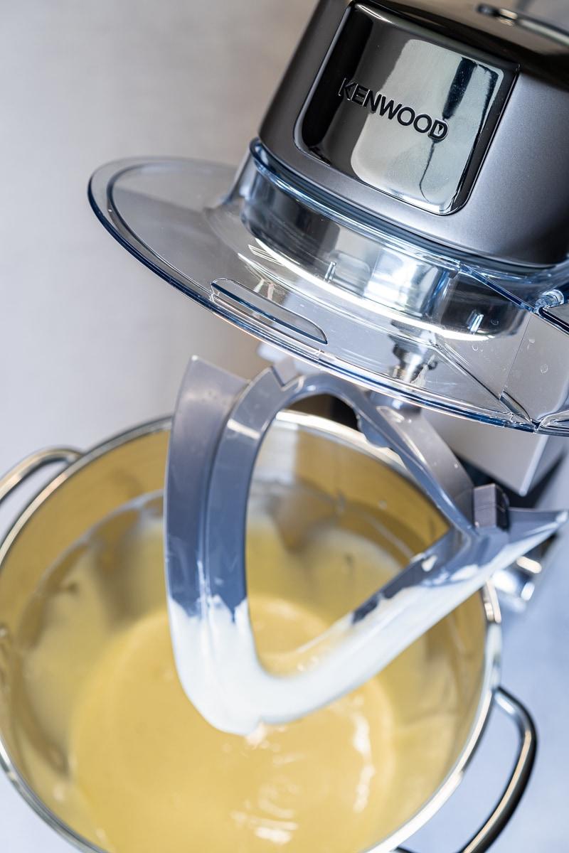 New York Cheesecake Füllung mit dem Flexirührelement zubereitet