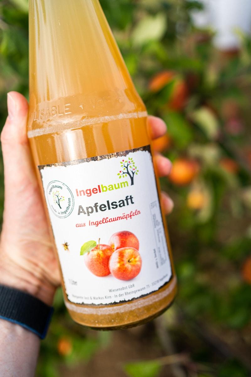 Flasche Apfelsaft von Ingelbaum