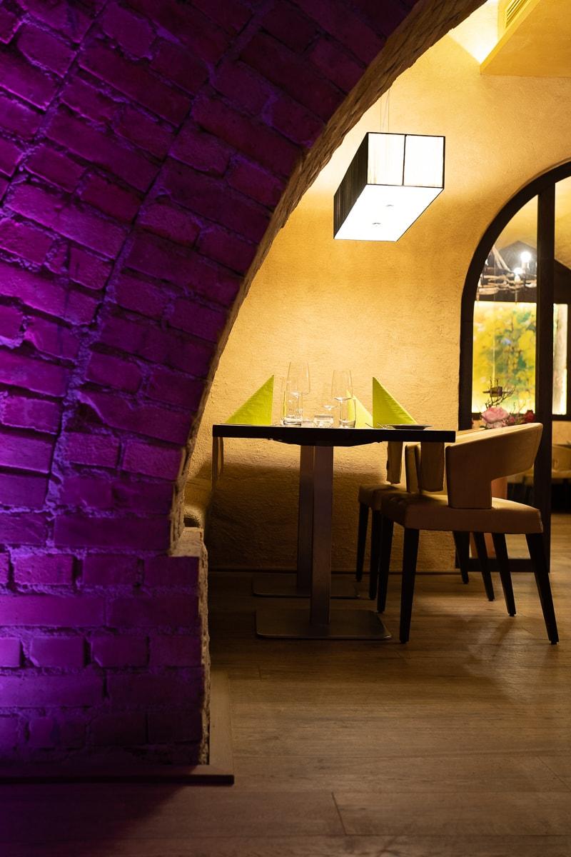 """Tisch im Restaurant """"Das Nack"""""""